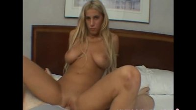 Blonde babe masturbates in front of a paying customer