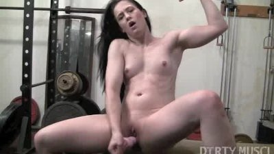 image Cheyenne jewel dildo gym workout