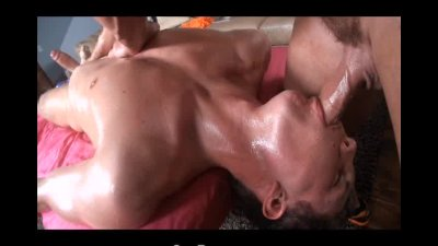 GayRoom Extra Slippery Massage