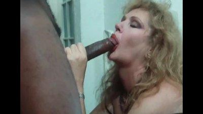 Marina Lotar Calda pioggia di sesso