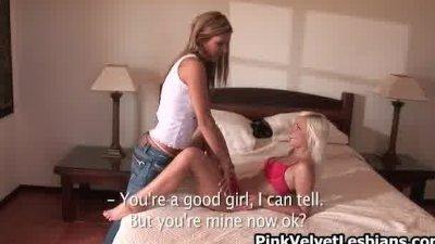 Blonde babe loves having lesbi