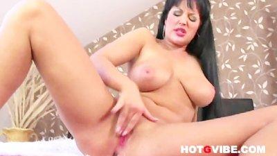 Carmen Croft Masturbate 1