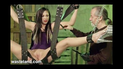 Wasteland Bondage Sex Movie Ja