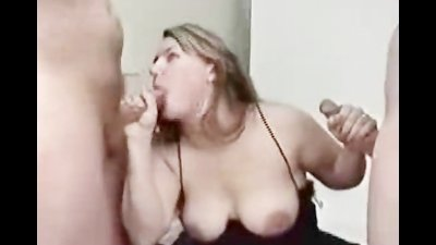 Naughty blond pleases 2 rods