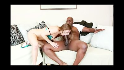 Teen Slut Ashlynn Leigh Loves Big Black Cock and Facial