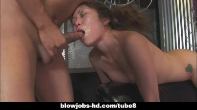 Petite Asian deepthroats a long dick