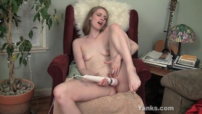 screaming orgasm from prolonged hitachi wand vibration