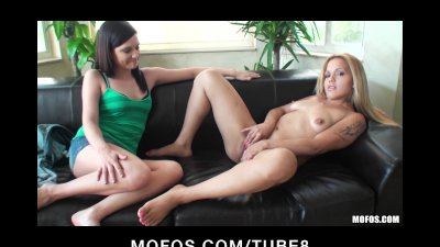 Nervous casting couch virgin makes a great audition tape