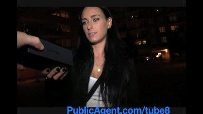 PublicAgent Dark haired stunne
