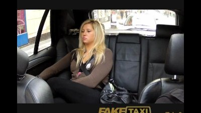 Blowjob Camera Czech video: FakeTaxi Pussy dripping over big thick cock