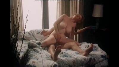 Sexy lady has a fuck in classic porn movie