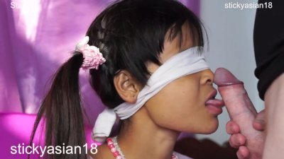 Stickyasian18 Star 22 sucks obediently with blindfold