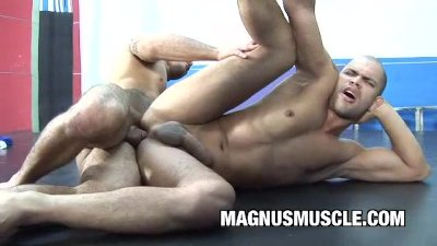 Tony Lee and Lukas Bright: BodyBuilders Buddies Butt Boning