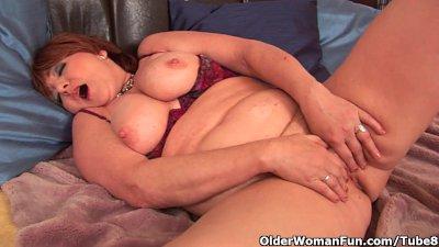 Full figured grandma with big tits needs orgasm
