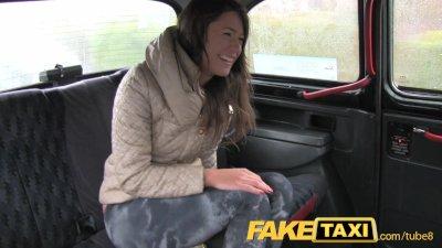 FakeTaxi Latvia beauty proves her worth