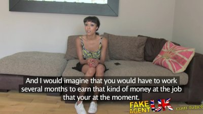FakeAgentUK Fake casting puts flexible petite amateur girl to the test