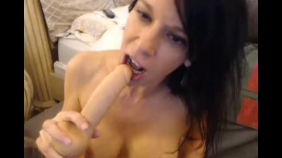 Busty MILF Reaches Orgasm