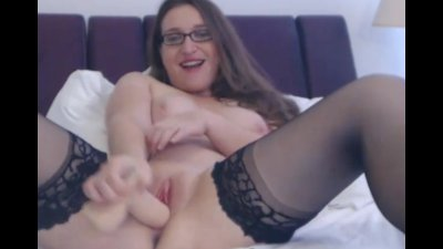 Horny Babe Wearing Glasses Plays her Pussy