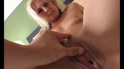 Elizabeth de Mar getting filled up with cum
