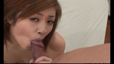 Endearing Japanese babe loves having her pussy licked