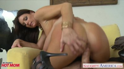 Stockinged mom India Summer ge