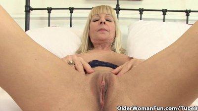 British granny Elaine gives he