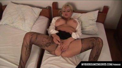Malina May masturbate with sma