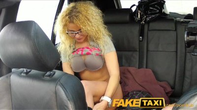 Public Oral Blowjob vid: FakeTaxi Geeky blonde takes a pounding in taxi