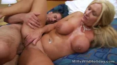 Milf Roxy Loves Rough Sex And Jizz