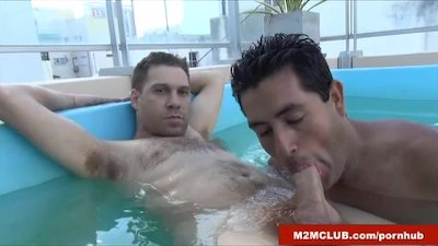 Chubby guy fucked outdoors