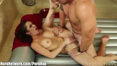 NuruNetwork Out of Town Guy Gets Special Massage