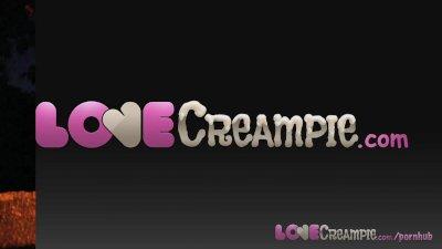Love Creampie Outdoor sex for
