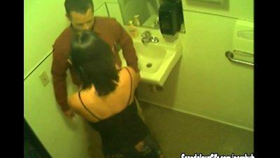 Secret Blowjob In The Toilet C