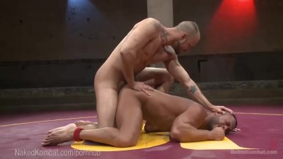Two Ripped Hunks Fight And Fuck