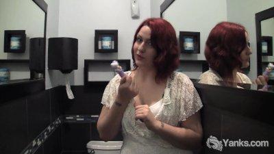 Redhead BBW Hannah Vibrating H