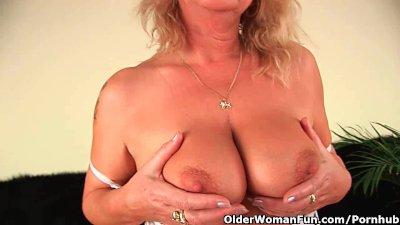 Squirting granny sprays her ju