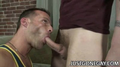 Luke Cross: Muscle Dilf Feasting On Handsome Penis