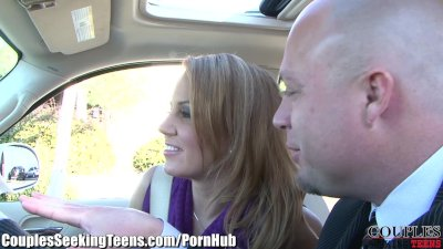 MILF eats Pussy while getting