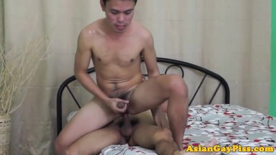 Peeing asian twinks barebacking