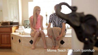 Moms Teach Sex - He finally ge