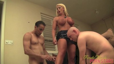 Alura Jenson Gives A Standing Blowjob
