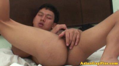Asian twink bareback assfucking oriental butt