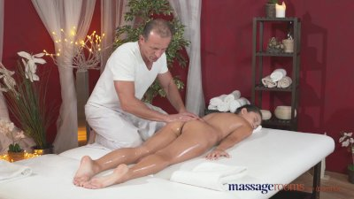 Massage Rooms Petite Ukrainian model has her tiny hole filled with cock