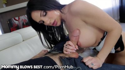 mommyblowsbest lonely milf craved my penis