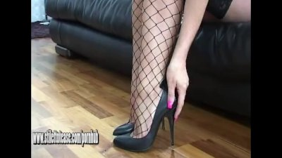 Kinky brunette at stiletto tease wants your cum all over her big high heels