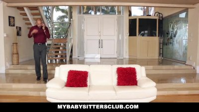 MyBabySittersClub - Pale Skinn